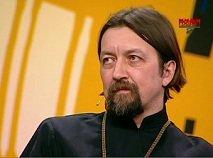 Прот. Максим Козлов против преподобных Оптинских Старцев