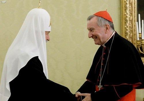 Госсекретарь Ватикана кардинал Пьетро Паролин на встрече с Патриархом Московским и всея Руси Кириллом (22 августа 2017 года)
