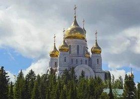 Обновление храмов рукотворенных должно напоминать нам об обновлении храма души нашей