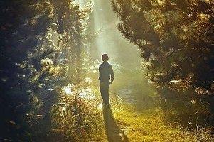 Привязанность к земным благам удаляет человека от Бога