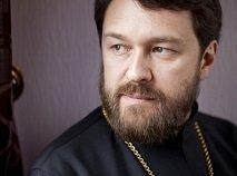 Об утверждениях митрополита Илариона в мнимой каноничности нового способа Причащения