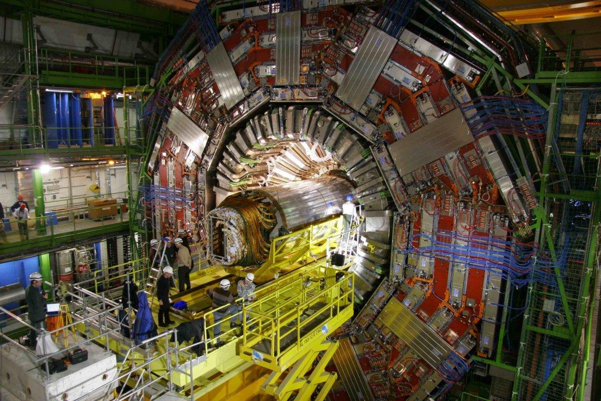 Российские физики приступили косновному этапу создания детектора коллайдера NICA
