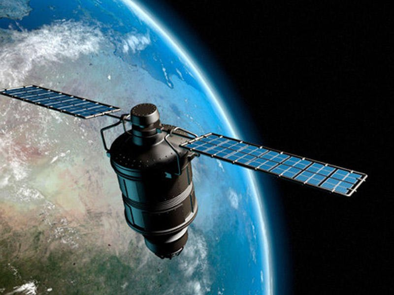 Россия запустит десять метеоспутников до 2027 года