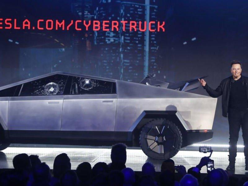 Маск в третий раз отложил запуск серийного производства электропикапа Tesla Cybertruck