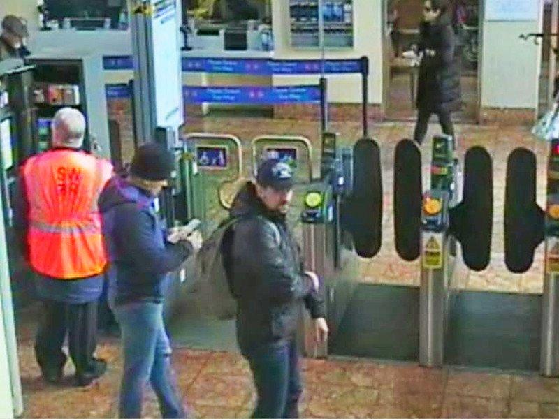 Лондон потребовал отМосквы выдачи подозреваемых поделу Скрипалей