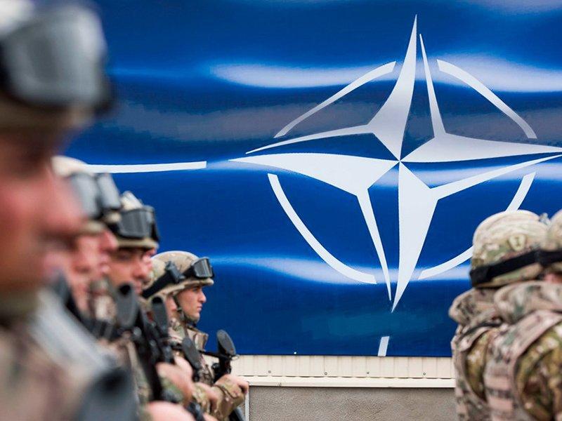 Франция напомнила США осмысле существования НАТО