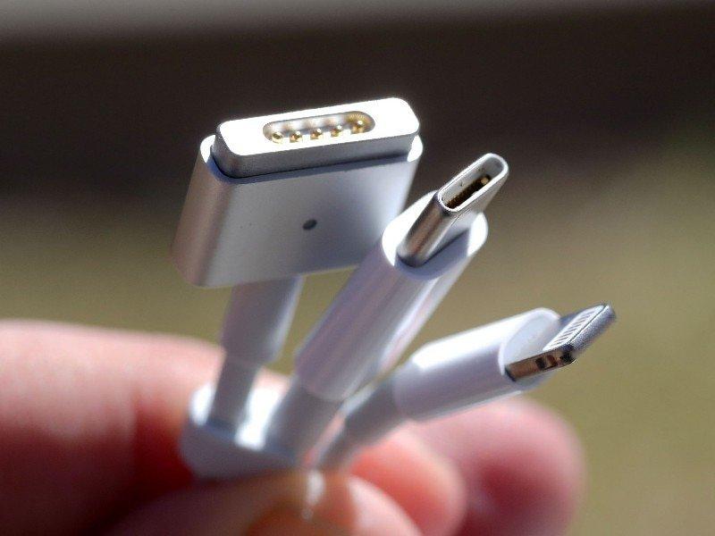 Apple увидела вред экологии впланах ЕСстандартизировать зарядки