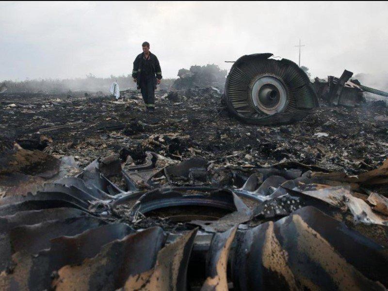 Мать погибшего в катастрофе MH17 упрекнула Украину и Евросоюз в незакрытии неба