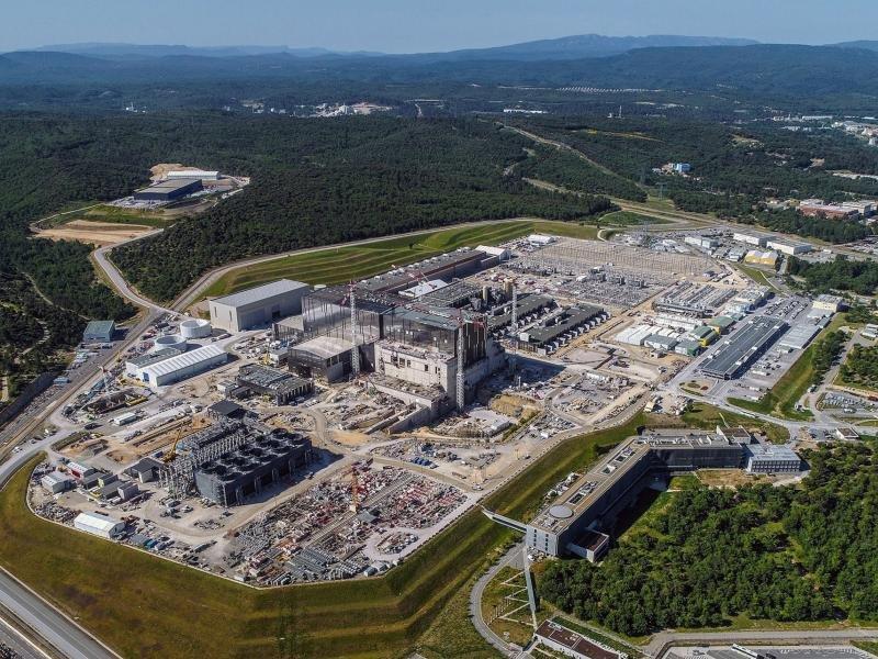 США будут строить в Польше ядерные реакторы